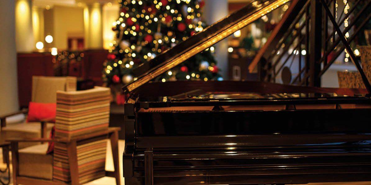 New Years Eve Dinner Piano